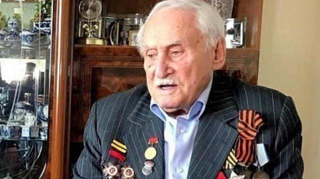 Murió el último soldado sobreviviente de la liberación de Auschwitz