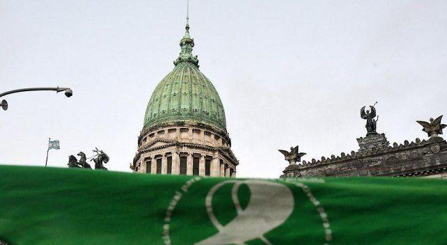 El aborto legal obtuvo dictamen en Diputados y este jueves se trata en el recinto