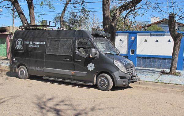 El viernes 12 de septiembre la policía allanó privados y un porno spa de Funes y desbarató una red de prostitución que se promocionaba en Supergatitas.com.