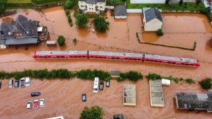Europa enfrenta graves inundaciones que ya dejaron más de 60 muertos