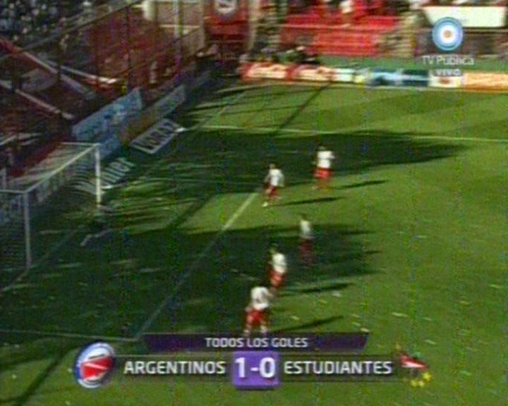 Argentinos derrotó a un opaco Estudiantes y se prende en la lucha