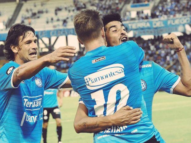 El grito de gol de Velázquez en el primer festejo de Belgrano