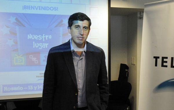 El gerente de la compañía telefónica. Roberto Dabusti impulsa el uso responsable de la tecnología.