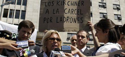Carrió: Queremos a Kirchner preso y devolviendo el dinero que se robó