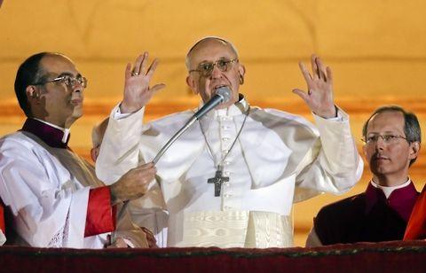 """El 13 de marzo de 2013 el cardenal Jean Louis Taurán anunció que """"habemus papam"""" y es el cardenal argentino Jorge Bergoglio."""