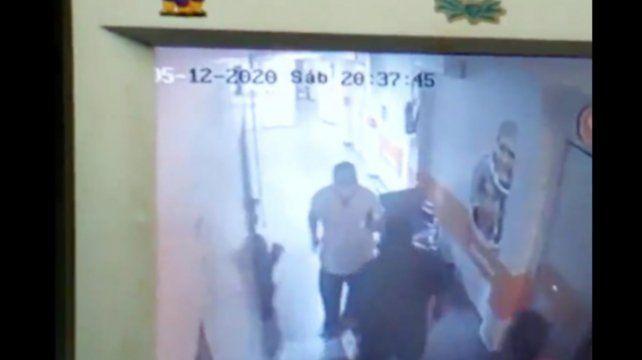 Un enfermero intentó abusar de una joven y terminó recibiendo una paliza