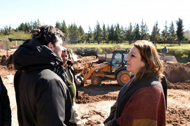 Recorrida. La intendenta Fein visitó parte de los trabajos en marcha.