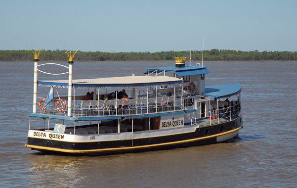 Por el Paraná. Un modelo de catamarán similar al que conectará la región.