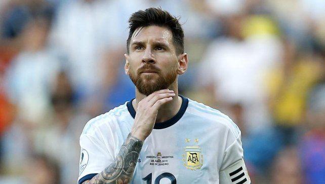 Leo está. Messi fue habilitado por Conmebol parajugar contra Ecuador y Bolivia.