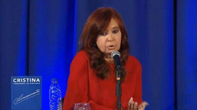 La expresidenta presentó su libro Sinceramente en La Plata y desató la polémica.