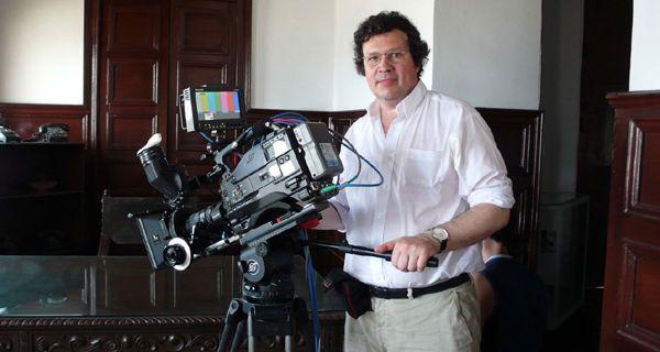 Secuestran y asaltan al cineasta y funcionario nacional Tristán Bauer