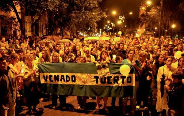 El pueblo venadense quiere justicia por el crimen de Gastón Teglia.