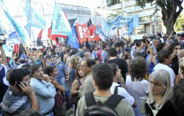 Organizaciones sociales y diversos partidos políticos reclamaron por la liberación de Milagro Sala. (Foto: Gustavo de los Ríos)