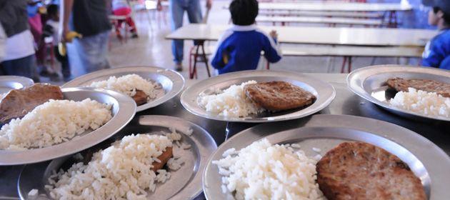 Denuncian que los comedores dependientes del Ministerio de Educación de Santa Fe vienen en deterioro.