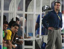 Apunten al técnico: los brasileños quieren que Chile gane para que se vaya Dunga