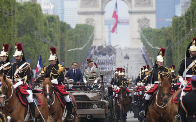 El presidente francés Emmanuel Macron y el jefe de Estado Mayor francés