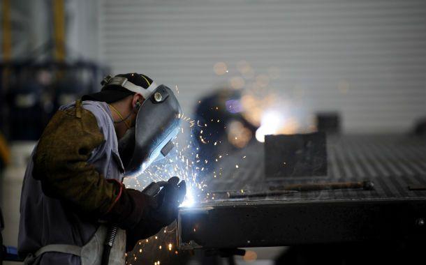 Menor ritmo. Una economía más planchada acotó los aumentos de costos de las fábricas en la región.