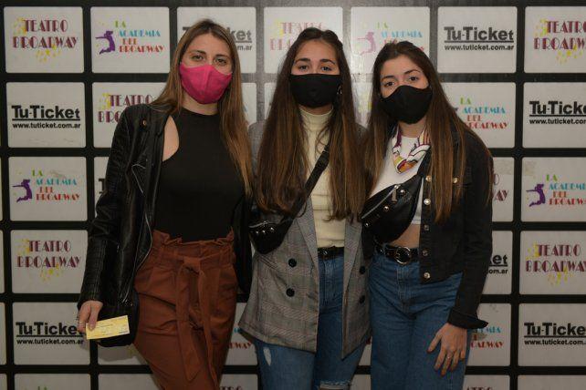 Nazarena Balaguero, Virginia Nardi y Sofia Migliozzi.