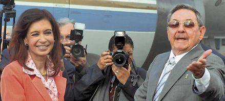 Fidel Castro elogió a Obama ante los oídos atentos de Cristina