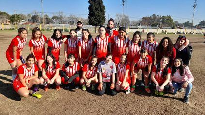 Unión Americana Sub 16. Las chicas del club de Guatemala y Junín comenzará a disputar los torneos de la Rosarina