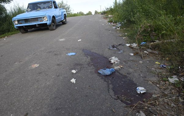 El cuerpo de Domínguez quedó tendido junto a una zanja
