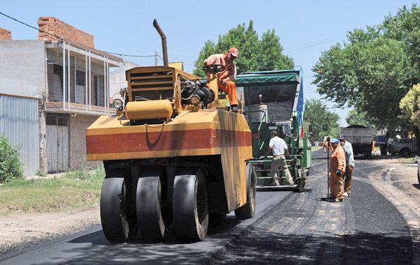 A la espera. En los sectores sin cloacas se hará pavimento provisorio.