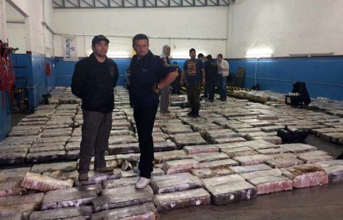 Parte del cargamento secuestrado por la Policía Bonaerense.