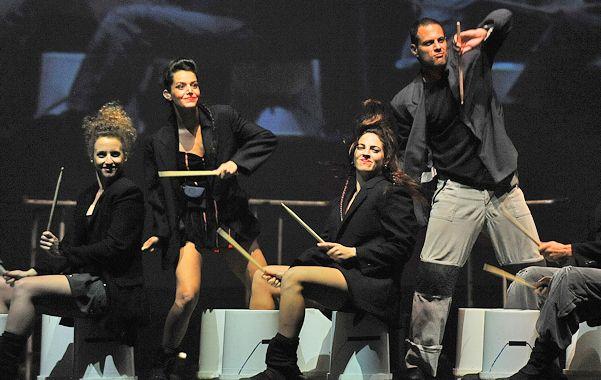 En el show juegan un rol fundamental la percusión