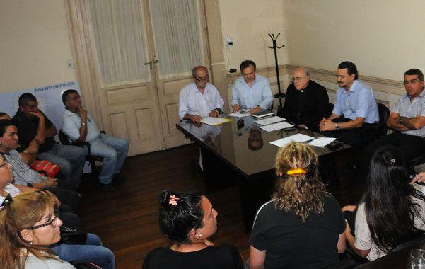Cara a cara. Referentes policiales se reunieron anoche con el ministro Galassi y el arzobispo Mollaghan