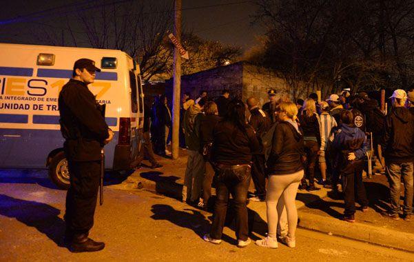 Domingo. Fernández fue baleado en el ingreso a un pasillo del barrio Saladillo.