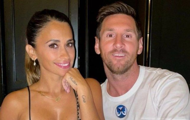 Cena romántica. Antonela y Messi disfrutaron de una noche parisina. El posteo que hizo sumó más de doce millones de likes.
