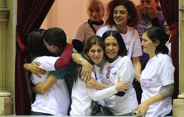 Hubo mucha emoción en los palcos de la Cámara tras la histórica votación.