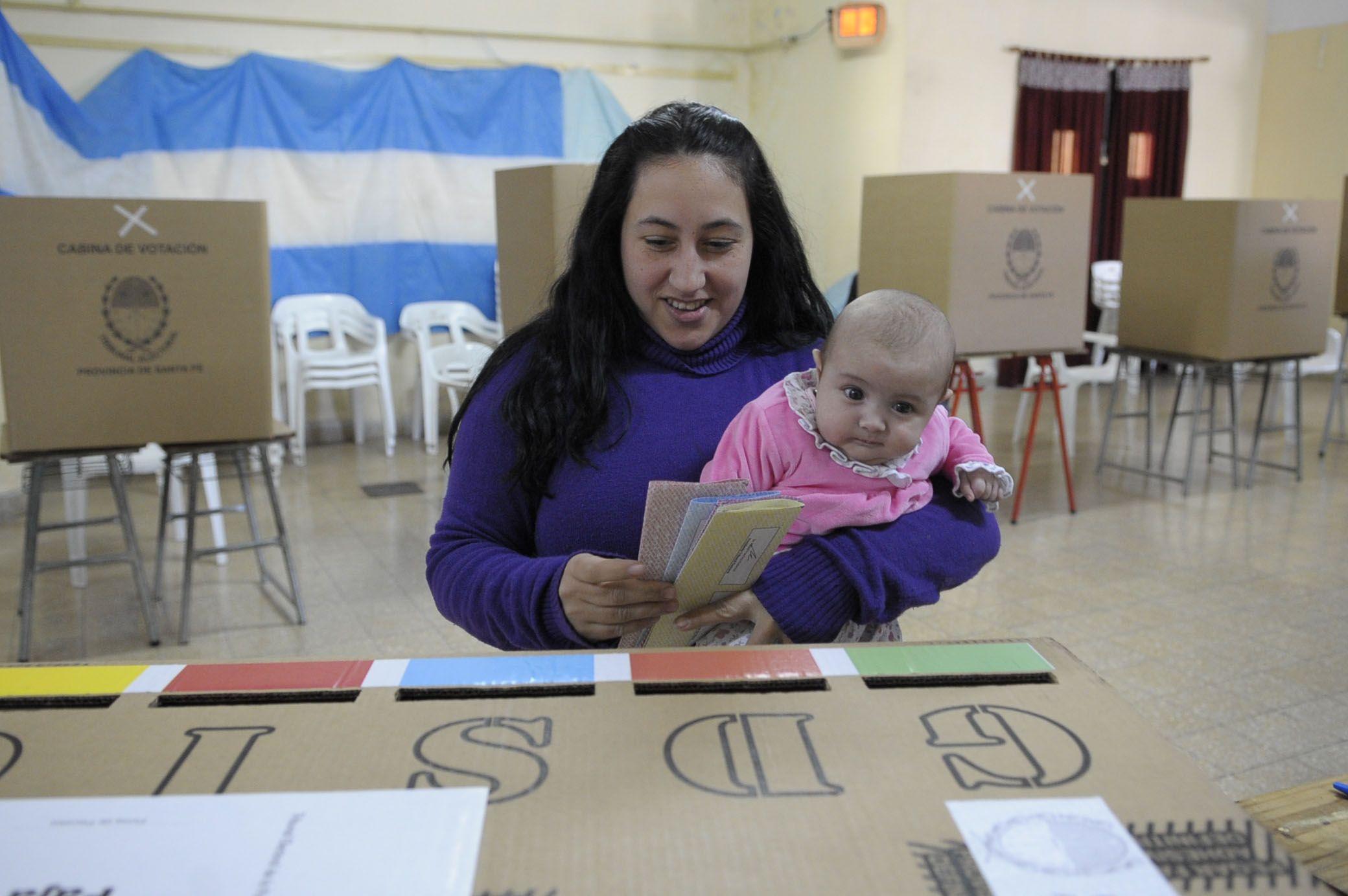 La boleta unica debutó como sistema electoral el año pasado