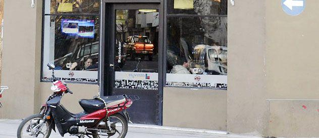 El restobar asaltado la madrugada de ayer por dos jóvenes. (Foto: Angel Amaya)