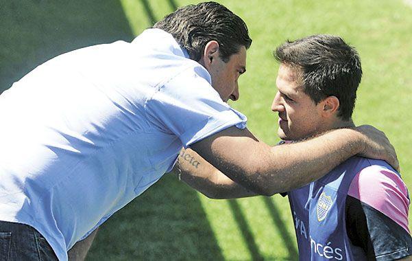 Pedido. Martínez le solicitó a Angelici que lo deje ir si hay una oferta de afuera.
