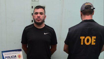 Esteban Lindor Alvarado, acusado de liderar una banda narco, fue detenido en un camping de Embalse Río Tercero donde se escondía de la policía.