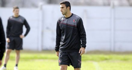 Newells: Pellerano jugará el domingo ante Vélez aunque tenga que infiltrarse