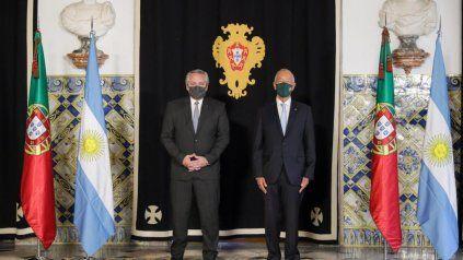 Fernández y Rebelo de Sousa posaron juntos en el Palacio Nacional de Belén.