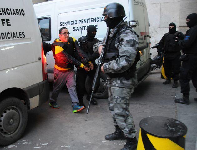 Integrantes de la banda Los Monos que se encuentran detenidos fueron trasladados esta semana a Tribunales para firmar el acuerdo.