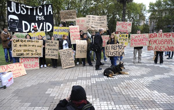 Unánime. El pedido de los allegados a David Moreira frente a Tribunales.