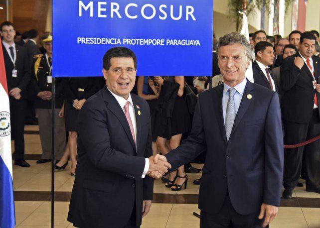 Juntos. Macri en su primera cumbre de Mercosur
