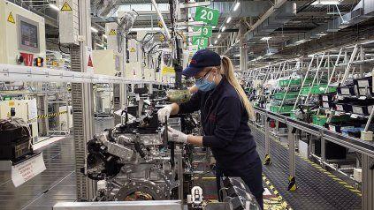 Trabajo: Aumento en tres tramos del salario mínimo, vital y móvil, se publicó en Boletin Oficial