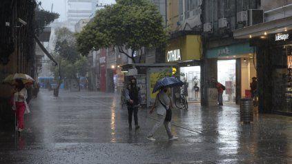 Alerta a corto plazo para Rosario y la región por tormentas fuertes con lluvias intensas