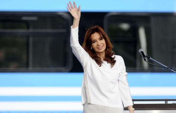 Penúltimo acto oficial. Cristina envió ayer un fuerte mensaje hacia el interior del justicialismo.