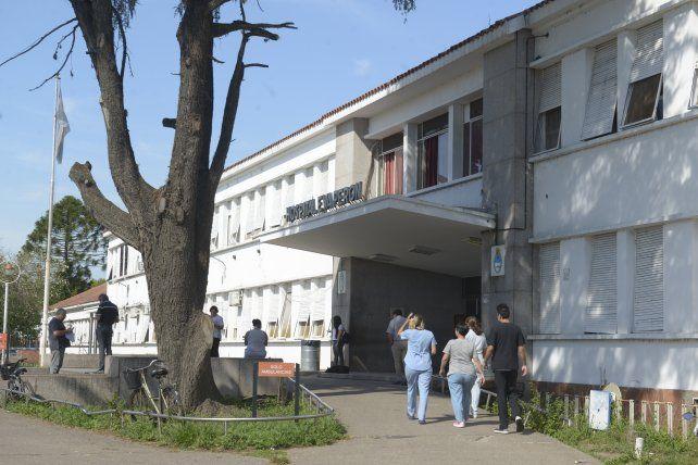 La mujer está internada en el Hospital Eva Perón.