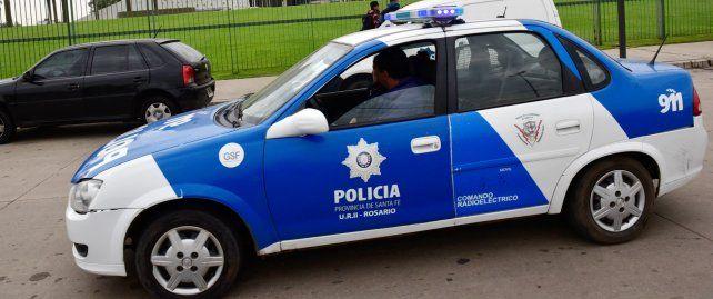 Investigan por supuesto fraude con horas extra a policías de la UR I de Santa Fe
