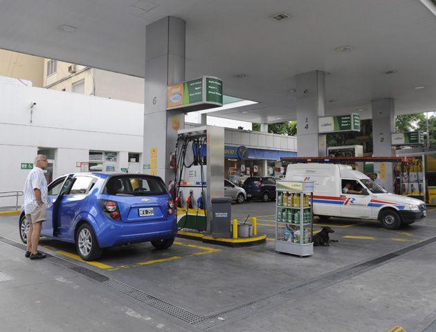 En mayo regirá la última etapa del acuerdo de precios que firmaron las petroleras y el gobierno nacional.