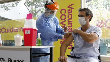 Argentina reportó 1.538 contagios por Covid, uno de los números más bajos en más de un año