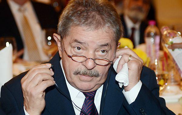 En apuros. Lula deberá declarar por el mensalao