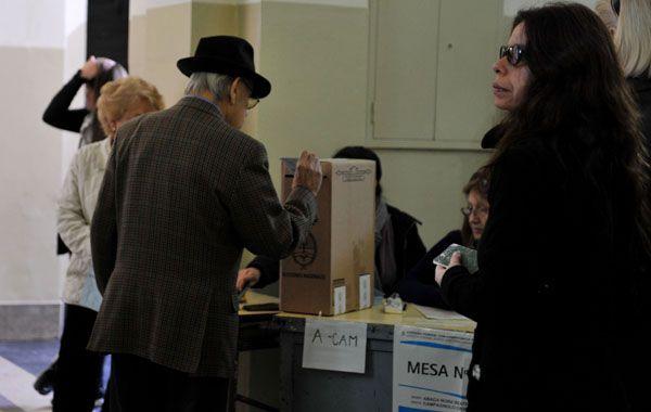 El sistema de votación en las elecciones del domingo es el de boleta única.